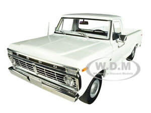 1973 FORD F-100 PICKUP TRUCK WHITE 1/18 DIECAST MODEL CAR BY GREENLIGHT 13536