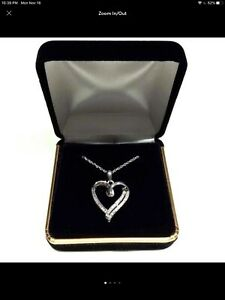 ESTATE PAVE .20ct DIAMOND HEART STERLING SILVER PENDANT NECKLACE