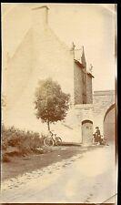 Elven . Pavillon du garde. Bretagne . Morbihan . photo ancienne . 1918