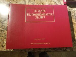 50 YEARS OF U.S. COMMEMORATIVES IN BURGUNDY BINDER 1950-1984 - MNH - 75 PANELS