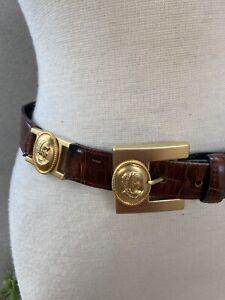 Vintage brown texture leather belt matte gold cameo Lg Avignon