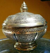 grosse boite argent massif - asie/Indochine/Siam- 417 G-tres ciselée