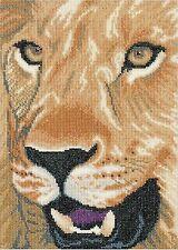 LANARTE  0008323  Lion  Kit  Broderie  Point de Croix  compté