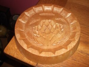 SHORTBREAD BISCUIT MOULD WITH THISTLE DESIGN
