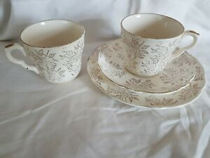 Vintage Washington Pottery 22 KT Gold Trio And Cup