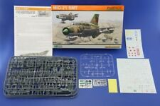 Eduard 1/48 Modelo Kit 8233 Mikoyan MiG-21SMT Fishbed Profipack