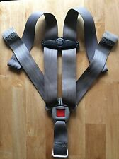 Chicco Key Fit 30 Baby Car Seat Belt Infant Straps Buckle Harness Chest Clip