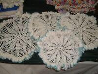 "4 Vtg Lot 70s Match Star Teal & White Round Ruffles Crochet Doilies 12"" & 9""#SFB"