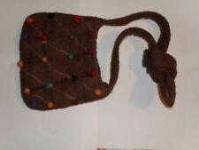 sac en laine feutrée avec petit ponpons multicolores
