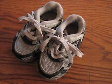 Saucony size 3 toddler Style 8322-1 gray & navy blue lace-up athletic shoes Ex.