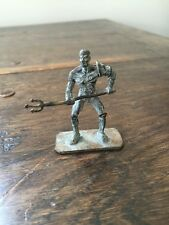 ROMAN GLADIATOR WITH TRIDENT. BEAUTIFUL BRONZE PATINA. MADE IN ITALY.