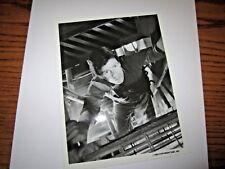 MacGYVER RICHARD DEAN ANDERSON VINTAGE ORIGINAL 7X9 PRESS PHOTO 1985