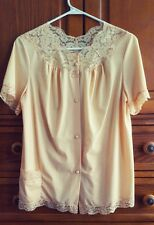 Vintage Vanity Fair Pajama Top Yellow Gold Lace Nylon Womens Size 32 Small