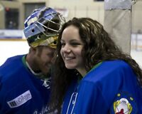 Shannon Szabados 8x10 photo 001