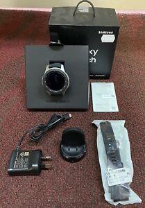 Samsung Galaxy Watch SM-R800 46mm Silver Case Onyx Black - Bluetooth