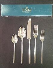 TOWLE FACETS Stainless Flatware 5 Piece Place Setting 18/8 MADE IN KOREA
