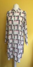 Gorgeous DOROTHY PERKINS Geometric Print Long Shirt  ~Size 10~ Pink Grey Cream