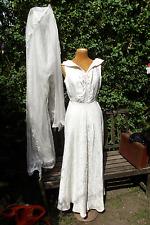 *ORIGINAL VINTAGE 1950s  WEDDING DRESS FLORAL BROCADE WITH VEIL