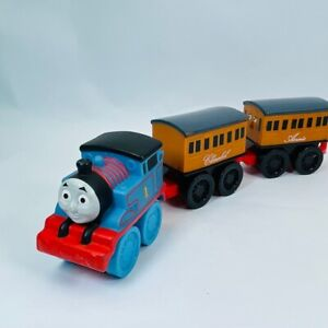 Thomas & Friends EARLY ENGINEERS ANNIE, CLARABEL and THOMAS THE TRAIN ENGINE