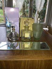 Lot de flacons de parfum anciens et récent