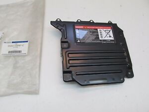 2013-2017 Ford C-Max Fusion MKZ OEM High Voltage Battery Cover DG9Z-10A687-C