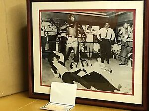 MUHAMMAD ALI SIGNED AUTOGRAPHED 16X20 PHOTO W/ THE BEATLES FRAMED COA STEiNER