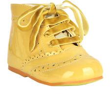 Chaussures beige à lacets pour bébé
