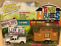 Johnny Lightning Tiny Houses - Ford F250 Super Duty - Release 1
