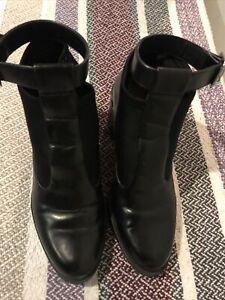 Zara Trafaluc Women Boots/ Exc Conds/ Size 37