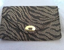 BRAND NEW H&M BLACK & CREAM PRINT CLUTCH BAG