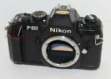 Nikon F-301 analoge Spiegelreflexkamera Body / Nur Gehäuse DEFEKT