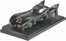 Hot Wheels Collector Batman Returns Batmobile Die-cast Vehicle 1:18 Scale