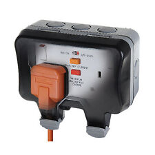 BG Electrical 2 Gang Storm Weatherproof Outdoor RCD Switched Socket WP22RCD