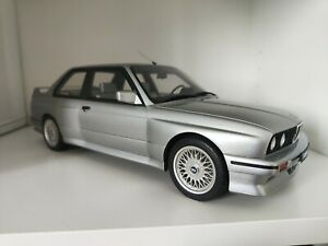 OttOmobile BMW E30 M3 1:!2 Voiture Miniature - Salmon Silver (G052)
