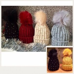 Kids Knitted Bling Pom Pom Hat. One size (0-3years). Available in 5 colours. New