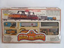 Vintage Bachmann HO Diesel Engine Train Set with Blinking Bridge Trestles Track