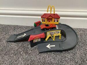 Hot Wheels McDonalds Drive Thru Set With Car