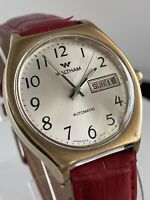 Vintage WALTHAM CT305 Day Date Red/Black Automatic Mens Wrist Watch