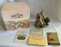"SIGNED David Winter Cottages ""Pilgrims Rest"" 1983 w/ COA & Box Christmas RARE!"