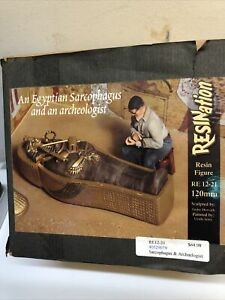 Resination 120mm Egyptian Sarcophagus & Archaeologist resin figure kit