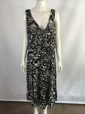 Target size 18 black and white floral layered stretchy dress