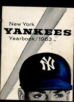 New York Yankees baseball yearbook 1963 1st edition Mickey mantle Roger Maris