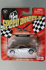 Maisto 1:64 Scale Speed Wheels Series 2002 CADILLAC CIEN CONCEPT (SILVER)
