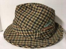 VTG Dobbs Fifth Avenue Fedora Hat Feather Gray Tweed 7 1/8 New York Tweed