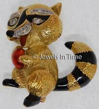Brooch 18K Yellow Gold Diamond & Enamel Racoon