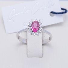 anello contorno con rubino ovale e diamanti taglio brillante naturali