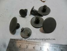 Nissan Patrol GR Y61 2.8 97-05 hole cover plastic plugs set x7