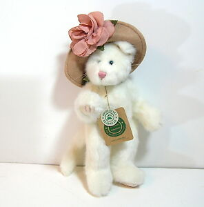 Lola Ninelives Cat Boyds Bears and Friends The Archive Collection