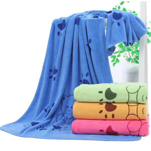 Microfibre Large Dog/Cat Towel Super Soft And Very Absorbent Paw Print Design