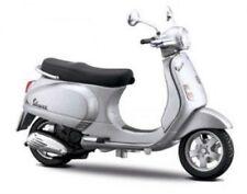 MAISTO 1:18 Vespa LX 125 2005 MOTORCYCLE BIKE DIECAST MODEL TOY NEW IN BOX